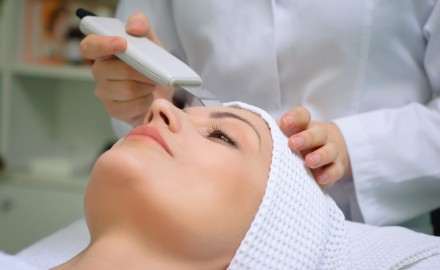 Ultrasonic Exfoliation or Microdermabrasion?
